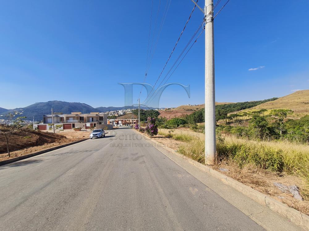 Comprar Terrenos / Padrão em Poços de Caldas R$ 216.000,00 - Foto 1