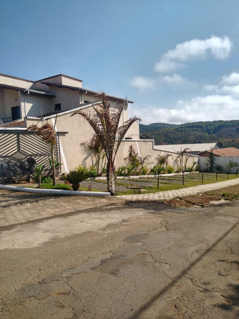 Alugar Casas / Casa em condomínio em Poços de Caldas apenas R$ 1.700,00 - Foto 4