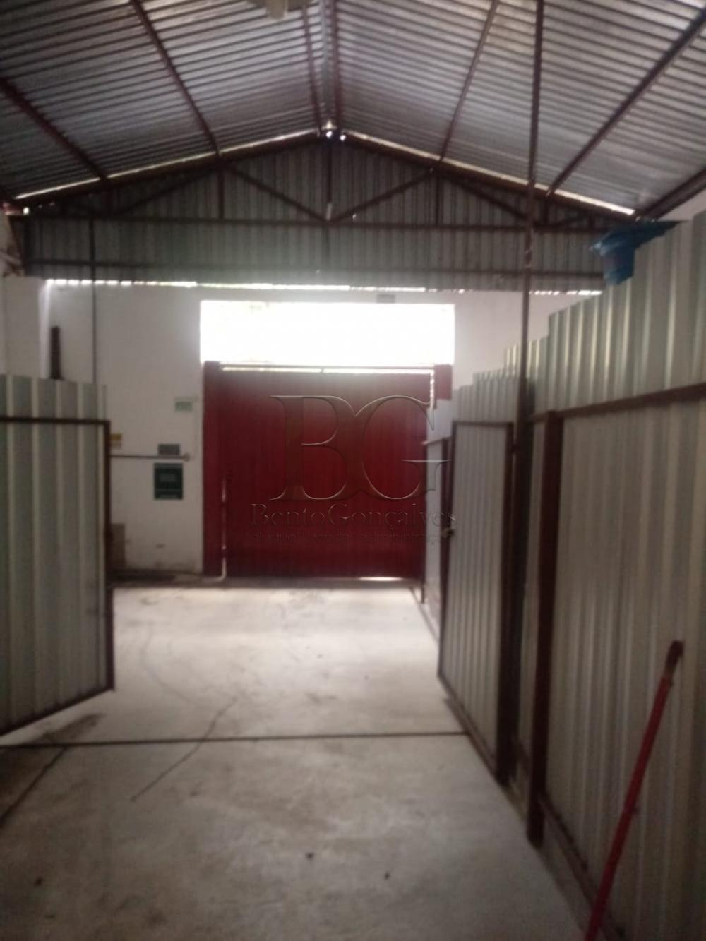 Alugar Comercial / Galpão em Poços de Caldas apenas R$ 2.000,00 - Foto 4