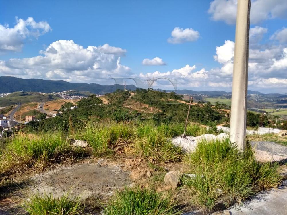 Comprar Terrenos / Padrão em Poços de Caldas apenas R$ 85.000,00 - Foto 1