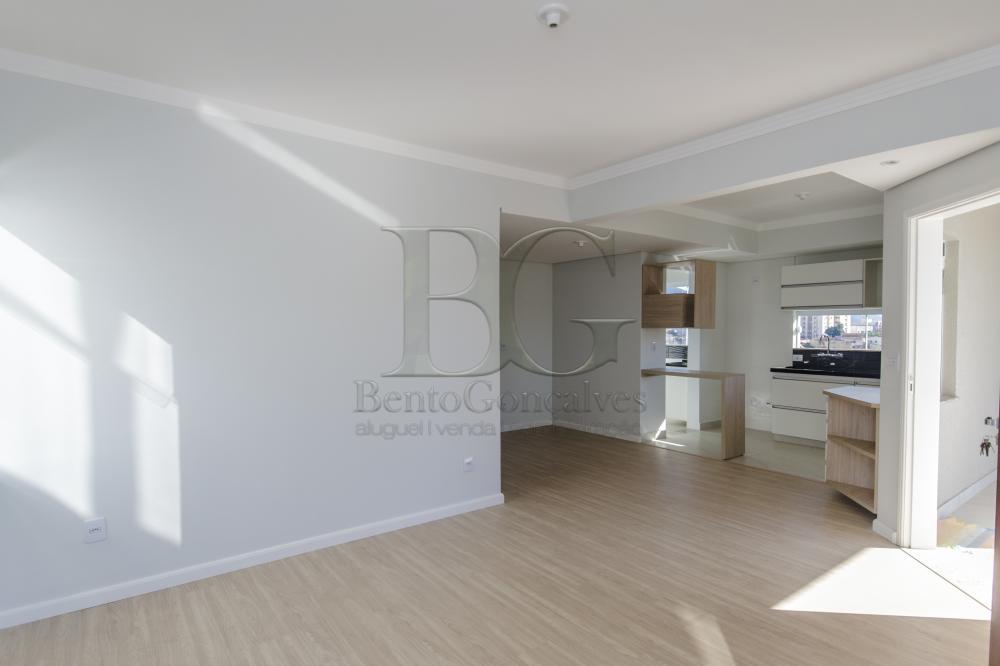 Comprar Casas / Padrão em Poços de Caldas R$ 450.000,00 - Foto 2