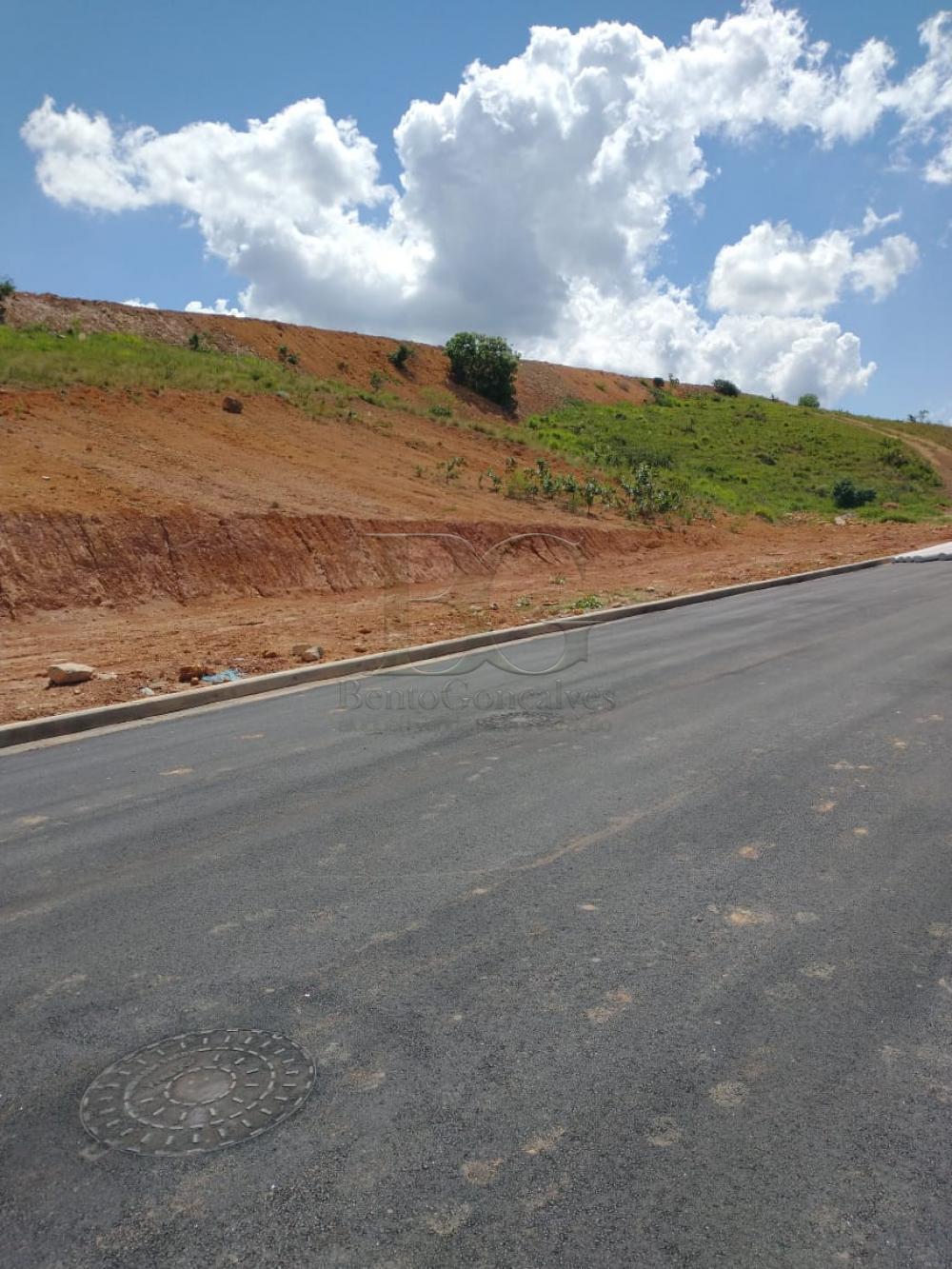 Comprar Terrenos / Padrão em Poços de Caldas R$ 140.000,00 - Foto 3