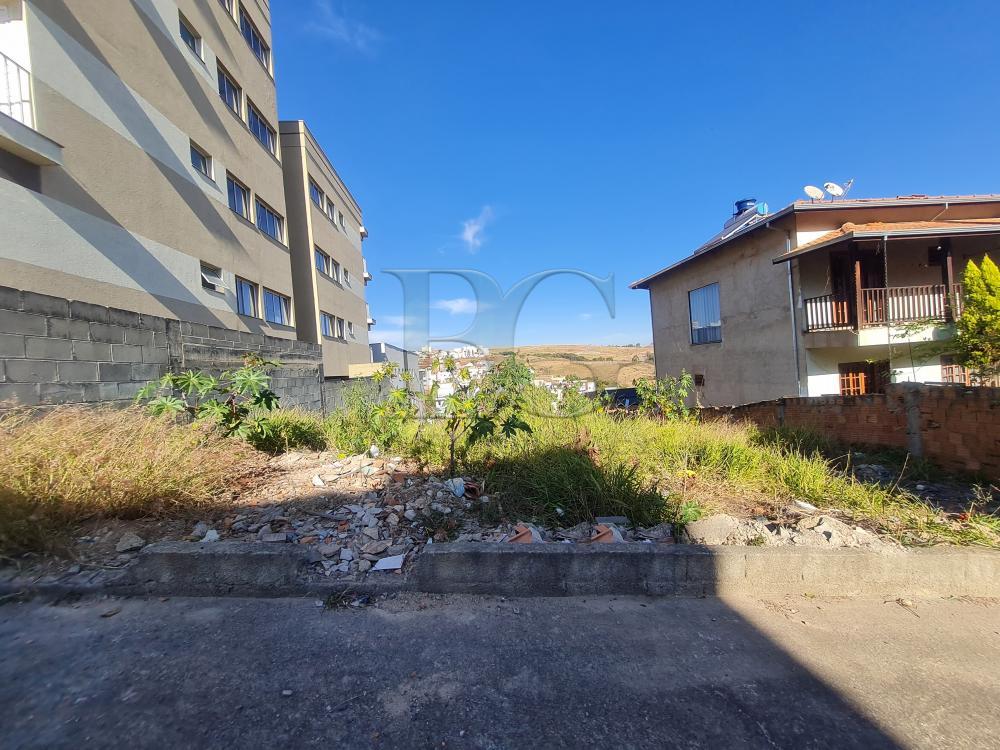 Comprar Terrenos / Padrão em Poços de Caldas R$ 180.000,00 - Foto 1