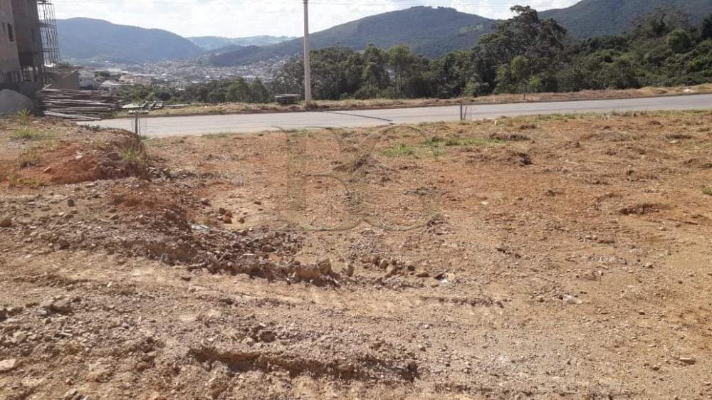 Comprar Terrenos / Padrão em Poços de Caldas R$ 320.000,00 - Foto 1