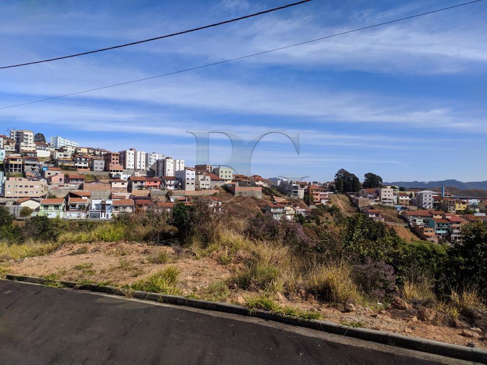 Comprar Terrenos / Padrão em Poços de Caldas R$ 90.000,00 - Foto 1