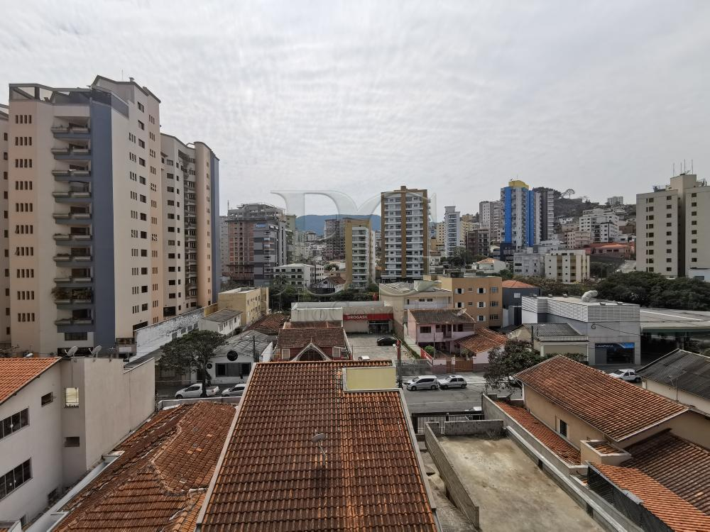 Alugar Apartamentos / Padrão em Poços de Caldas R$ 1.500,00 - Foto 8