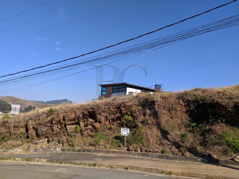 Comprar Terrenos / Padrão em Poços de Caldas R$ 220.000,00 - Foto 1