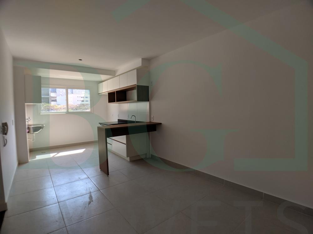 Comprar Apartamentos / Flat em Poços de Caldas R$ 385.000,00 - Foto 2