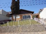 Alugar Casas / Padrão em Poços de Caldas. apenas R$ 2.100,00