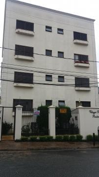 Alugar Apartamentos / Padrão em Poços de Caldas. apenas R$ 1.400,00