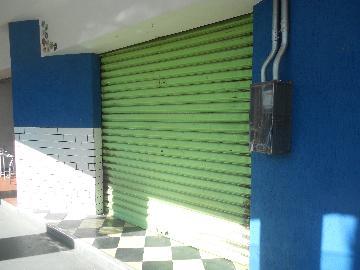 Pocos de Caldas Centro Casa Locacao R$ 700,00 Condominio R$280,00