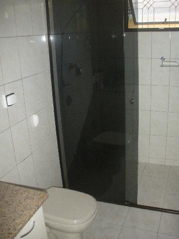 Alugar Apartamentos / Padrão em Poços de Caldas R$ 1.000,00 - Foto 7