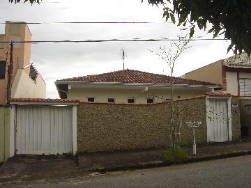 Alugar Casas / Padrão em Poços de Caldas. apenas R$ 1.800,00