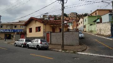 Alugar Casas / Padrão em Poços de Caldas. apenas R$ 550.000,00