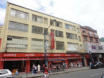 Alugar Comercial / Sala Comercial em Poços de Caldas. apenas R$ 900,00