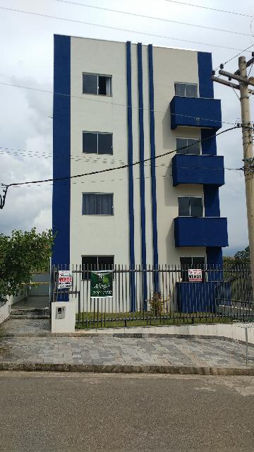 Alugar Apartamentos / Padrão em Poços de Caldas. apenas R$ 700,00