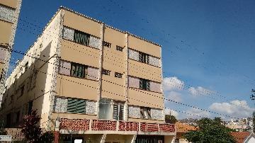 Alugar Apartamentos / Padrão em Poços de Caldas. apenas R$ 210.000,00
