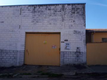 Alugar Comercial / Galpão em Poços de Caldas. apenas R$ 2.200,00