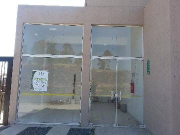 Alugar Comercial / Padrão em Poços de Caldas. apenas R$ 700,00