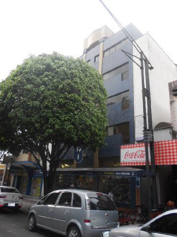 Alugar Comercial / Sala Comercial em Poços de Caldas. apenas R$ 600,00