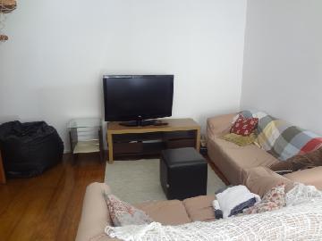 Alugar Apartamentos / Padrão em Poços de Caldas R$ 1.050,00 - Foto 4