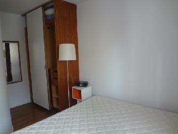 Alugar Apartamentos / Padrão em Poços de Caldas R$ 1.050,00 - Foto 6