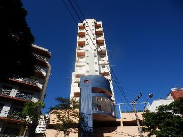 Alugar Apartamentos / Padrão em Poços de Caldas. apenas R$ 1.050,00