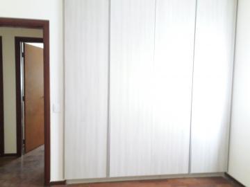 Alugar Apartamentos / Padrão em Poços de Caldas R$ 2.200,00 - Foto 6