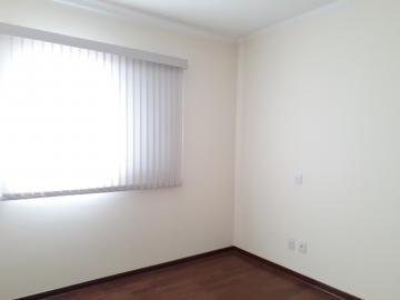 Alugar Apartamentos / Padrão em Poços de Caldas R$ 2.200,00 - Foto 8