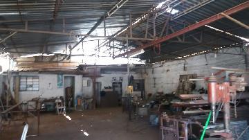 Alugar Comercial / Galpão em Poços de Caldas. apenas R$ 320.000,00