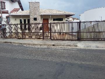 Alugar Casas / Padrão em Poços de Caldas. apenas R$ 900.000,00