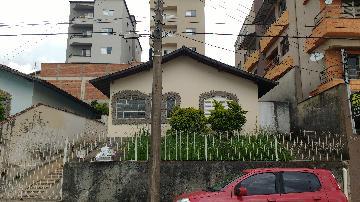Alugar Casas / Padrão em Poços de Caldas. apenas R$ 425.000,00