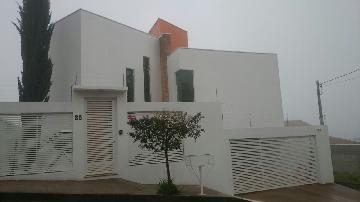 Alugar Casas / Padrão em Poços de Caldas. apenas R$ 1.000.000,00