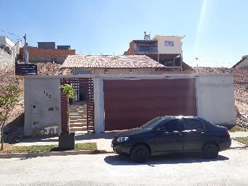 Alugar Casas / Padrão em Poços de Caldas. apenas R$ 480.000,00