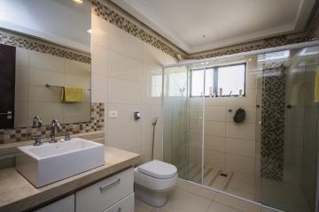 Alugar Apartamentos / Padrão em Poços de Caldas R$ 2.700,00 - Foto 32