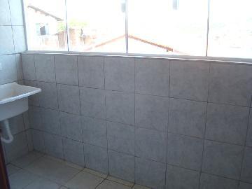 Alugar Apartamentos / Padrão em Poços de Caldas R$ 850,00 - Foto 13