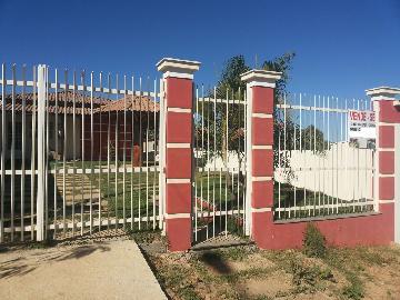Alugar Casas / Padrão em Laranjeiras de Caldas. apenas R$ 290.000,00