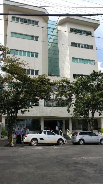 Pocos de Caldas Centro Casa Locacao R$ 2.000,00 Condominio R$650,00 Area construida 109.67m2