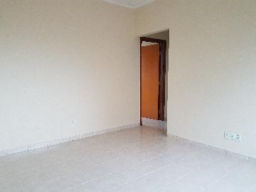 Alugar Apartamentos / Padrão em Poços de Caldas. apenas R$ 375.000,00