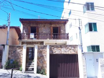 Pocos de Caldas Centro Casa Locacao R$ 3.000,00 3 Dormitorios 4 Vagas Area do terreno 0.01m2 Area construida 0.01m2