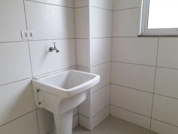 Alugar Apartamentos / Padrão em Poços de Caldas R$ 900,00 - Foto 11