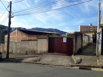 Alugar Casas / Padrão em Poços de Caldas. apenas R$ 310.000,00