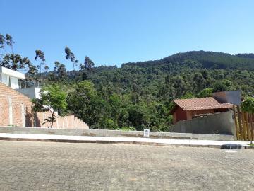 Alugar Terrenos / Padrão em Poços de Caldas. apenas R$ 330.000,00