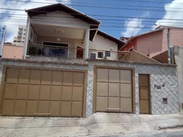 Alugar Casas / Padrão em Poços de Caldas. apenas R$ 440.000,00