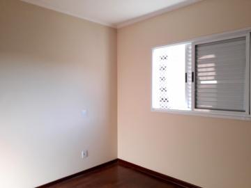 Alugar Apartamentos / Padrão em Poços de Caldas R$ 1.850,00 - Foto 5