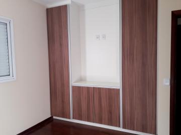 Alugar Apartamentos / Padrão em Poços de Caldas R$ 1.850,00 - Foto 6