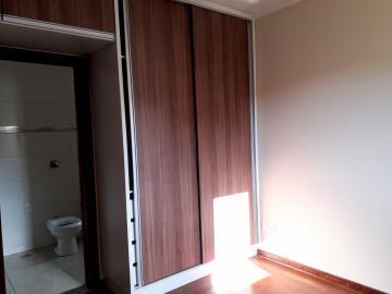 Alugar Apartamentos / Padrão em Poços de Caldas R$ 1.850,00 - Foto 7