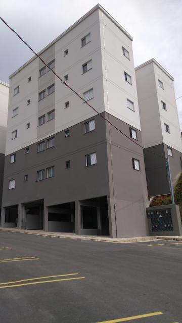 Alugar Apartamentos / Padrão em Poços de Caldas. apenas R$ 520,00