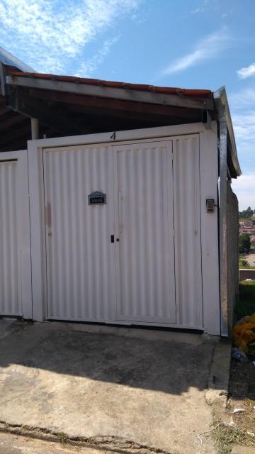 Alugar Casas / Padrão em Poços de Caldas. apenas R$ 750,00
