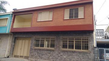 Alugar Casas / Padrão em Poços de Caldas. apenas R$ 2.300,00
